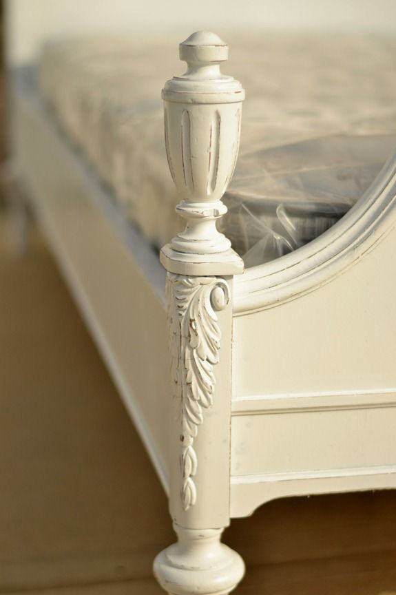 antique waterfall bed (21)